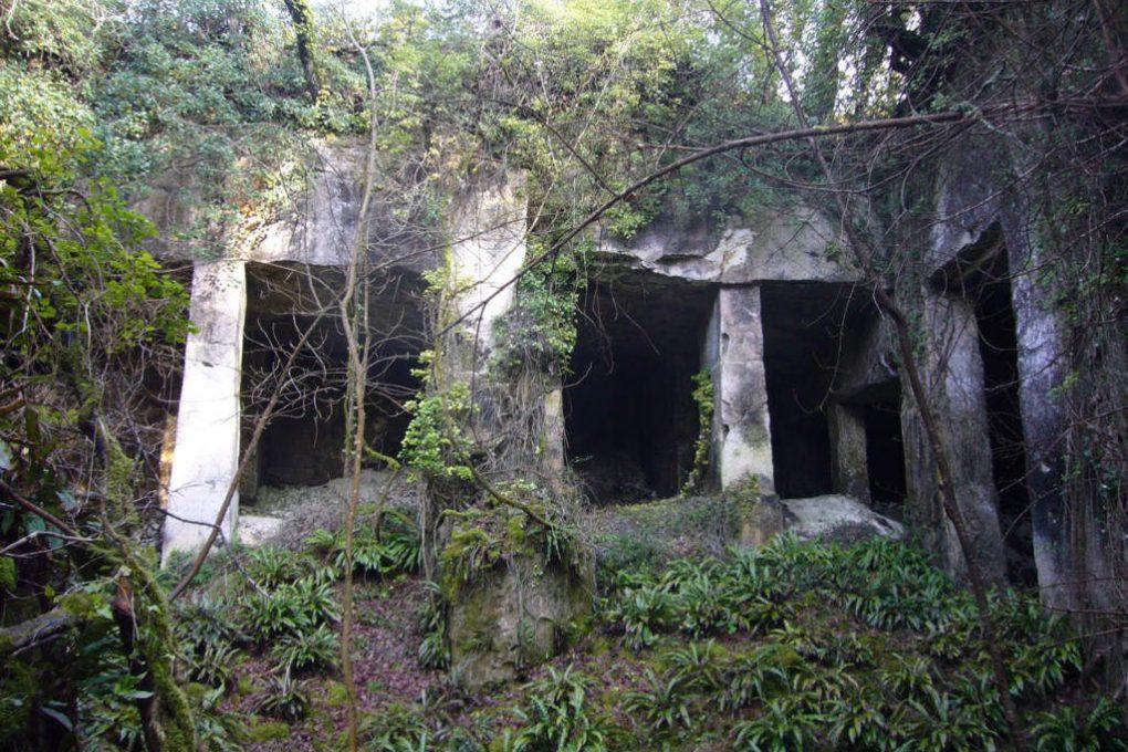 Salle d'extraction avec ses piliers